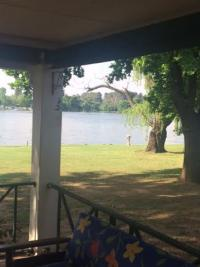 House Vaal River